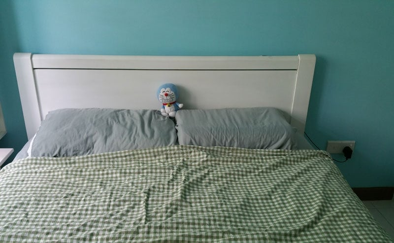 DIY Headboard With LED Lights (Before)